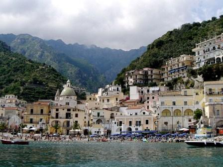 Costiera Amalfitana: muore sub al largo di Vietri